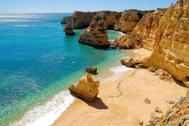 Praia-da-Marinha2