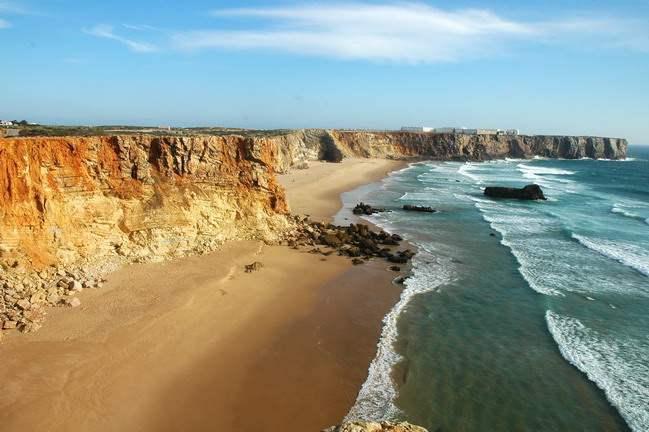 Praia-do-Tonel1