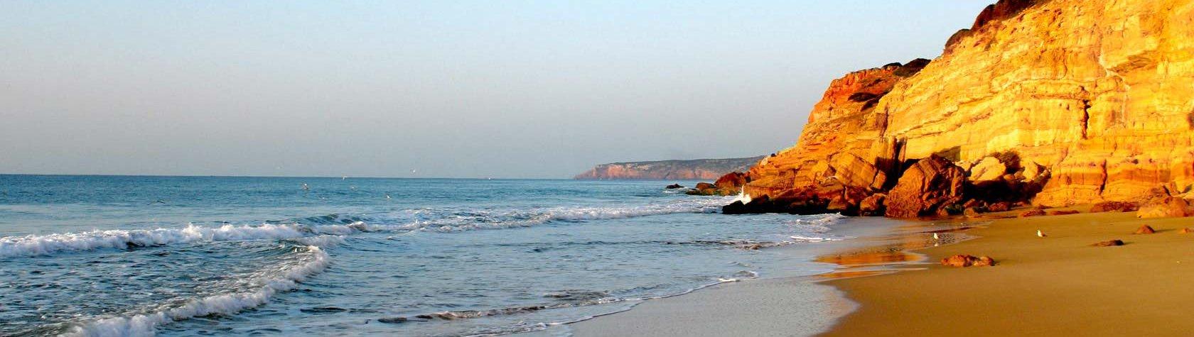 HT_praia_Q40_1680x475