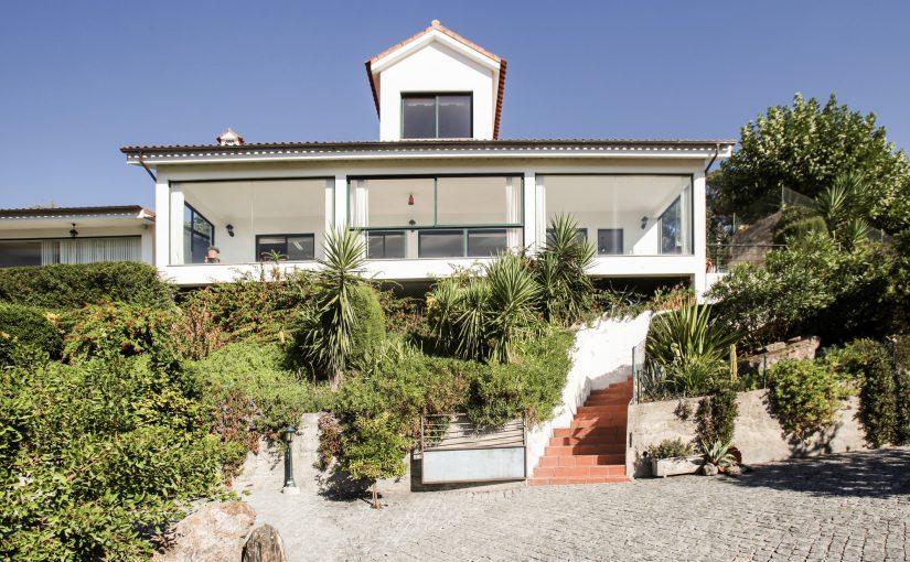Maison avec piscine à Barcelos