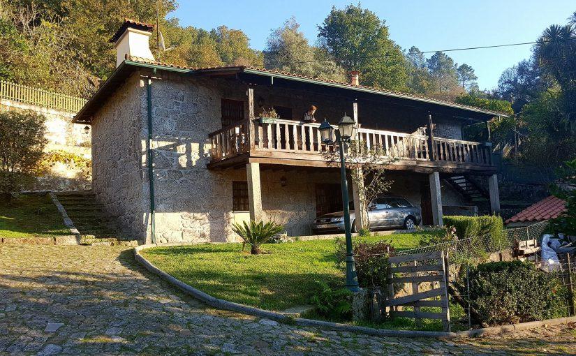 Maison en pierre situé à Vade (Ponte Da Barca)